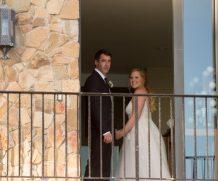 Как знаменитости повеселились на свадьбе Эми Шумер, и что актриса сказала о беременности