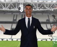 Роналду стал самым популярным человеком в Instagram